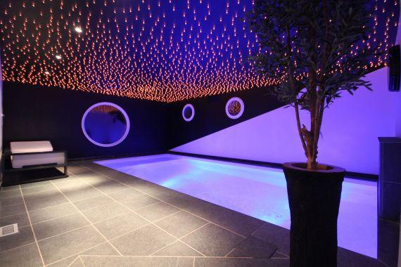Les plus belles piscines de l 39 ann e 2012 piscine - Piscine d interieur prix ...
