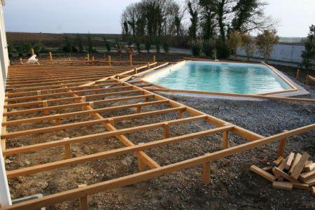 Terrasse Bois  Structure Plante Dans Le Sol