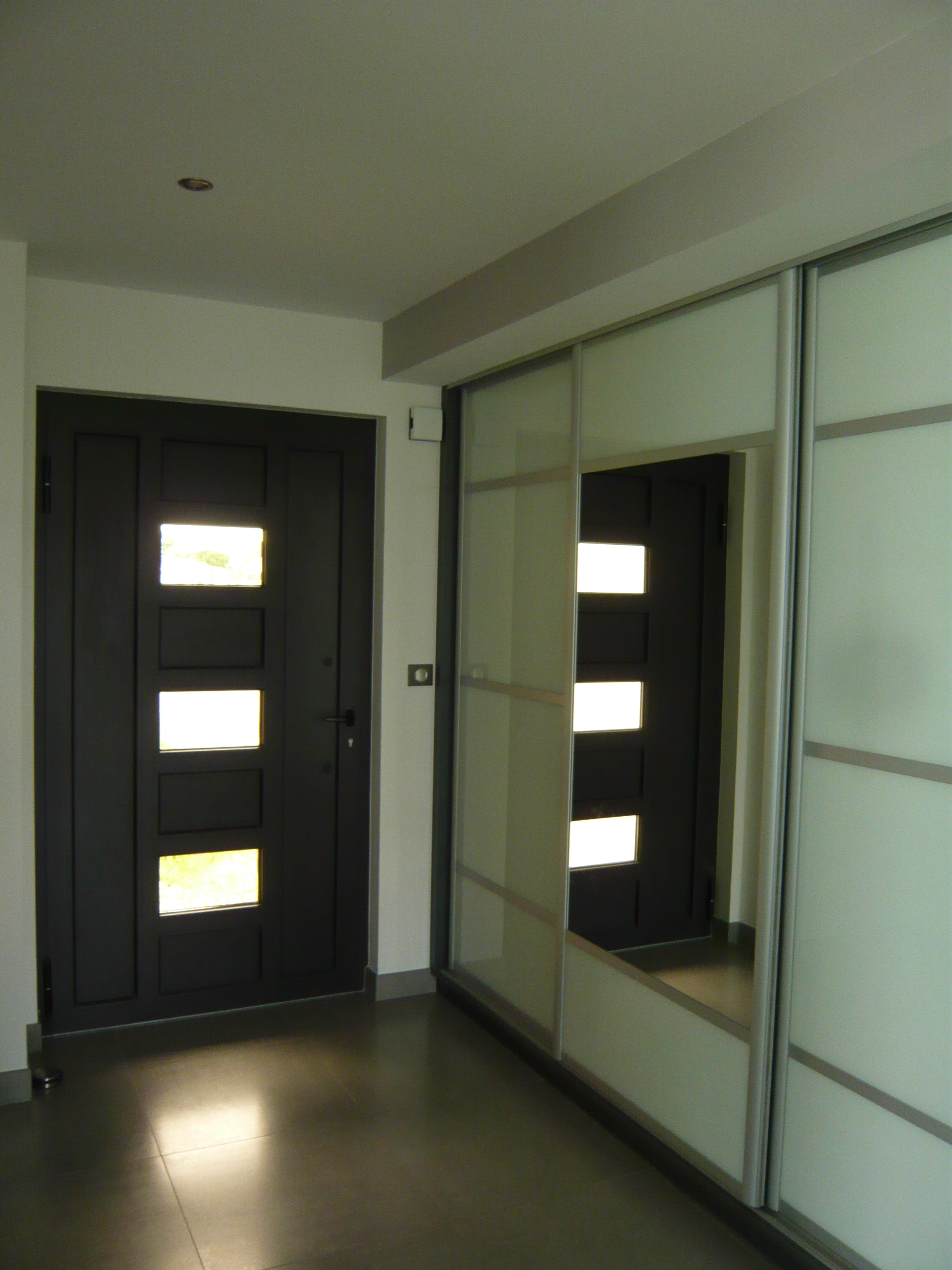 interview de nabelle construction village neuf. Black Bedroom Furniture Sets. Home Design Ideas